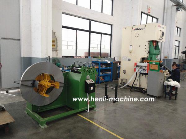 2 In 1 Decoiler And Straightener Machine And NC Servo Feeder Machine With 315 Ton Pneumatic Punch Machine